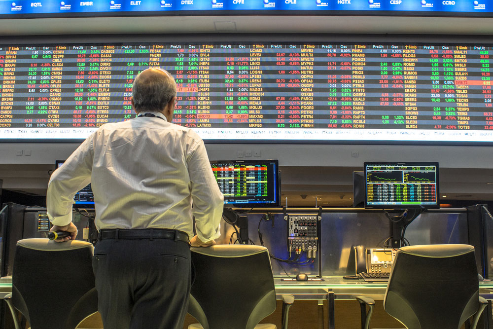 Stock-Brokers-Trading-in-Sao-Paulo
